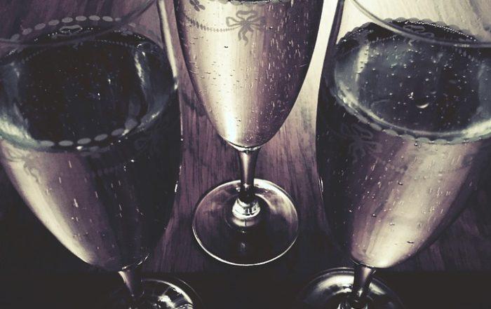 Differenze tra prosecco, metodo classico e champagne - Botrytis Enoteca Ferrara