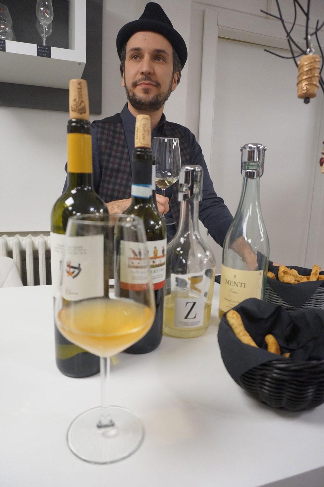 Degustazione vini all'enoteca botrytis