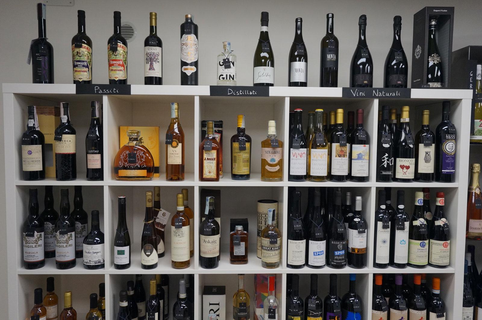 Vini naturali, passiti e distillati dell'Enoteca Botrytis